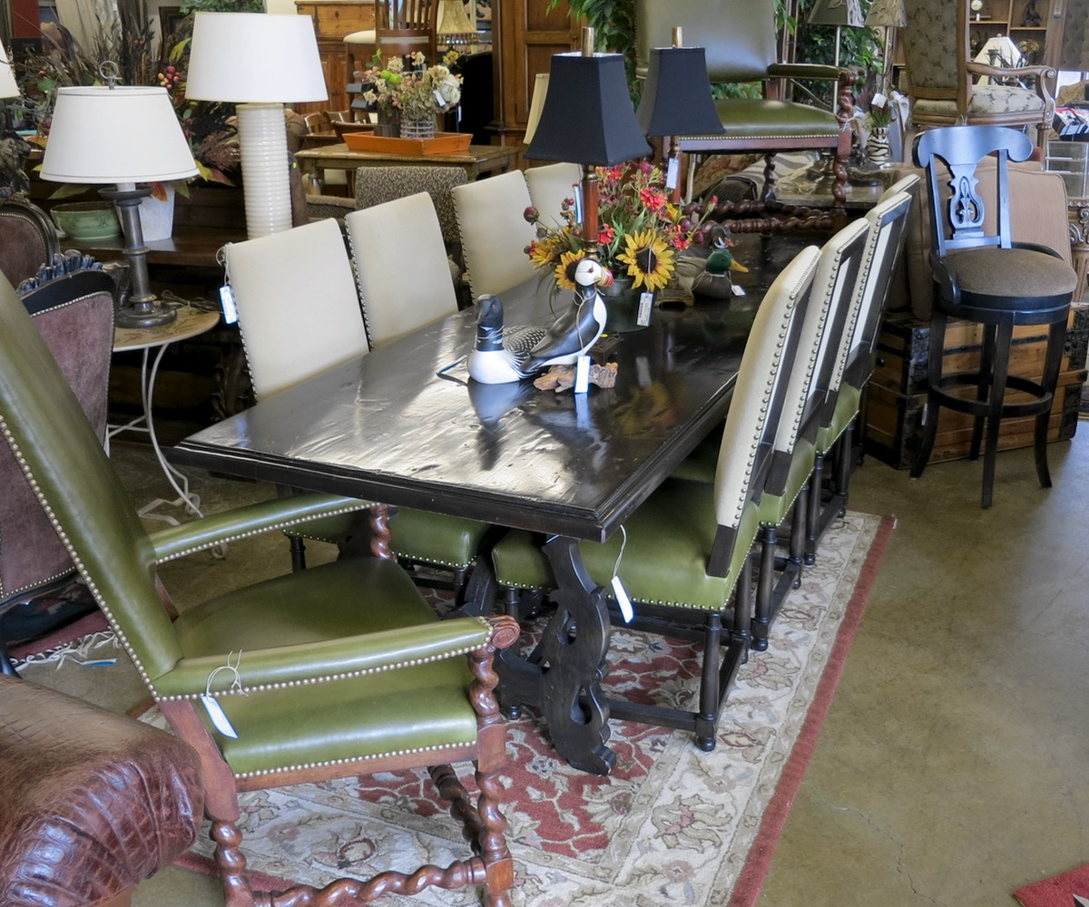 Helene Aumont Dining Table